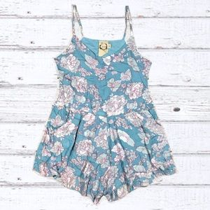 Sea Gypsies by Lost floral romper mint size small